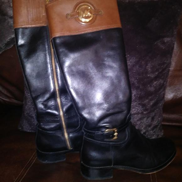 c62a059aa22ce MICHAEL KORS Stockard Black Brown Leather Boots. M 5b92b2d5e944baaa566f1cc2